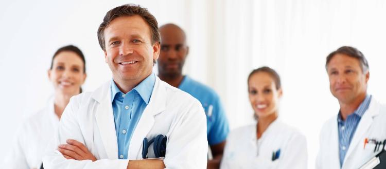 Qual a importância e como realizar a gestão de pessoas na clínica?
