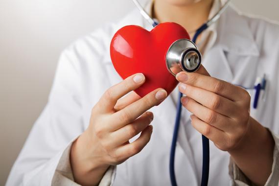 Conversar com o paciente pode fazer bem ao coração dele