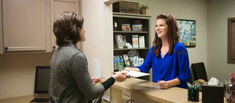 5 dicas de escuta ativa para recepcionistas
