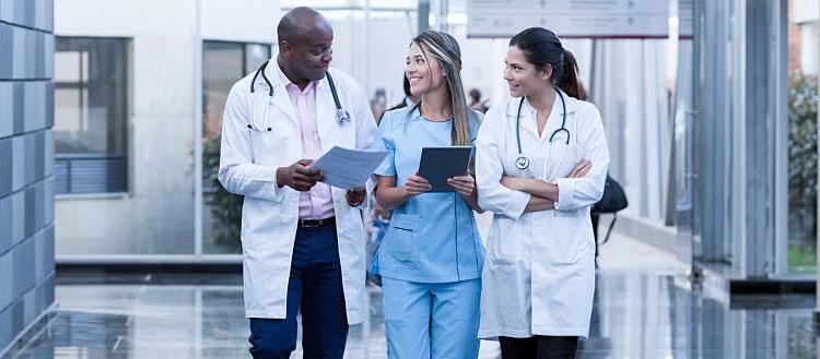 Chat interno iClinic: melhore a comunicação da sua clínica!