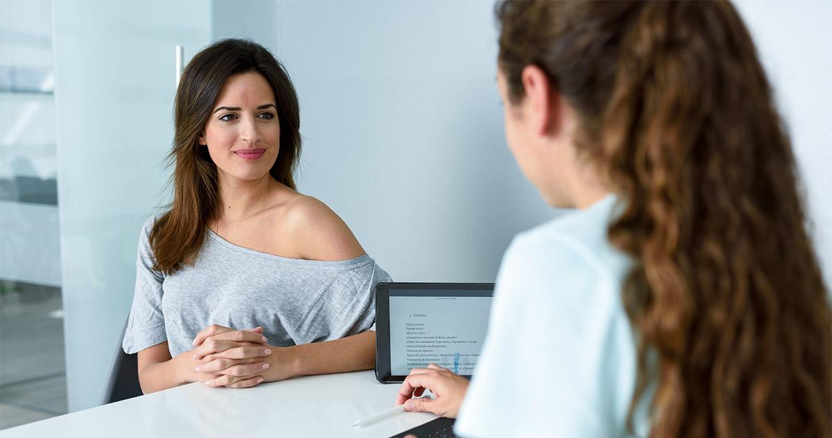 [Guia] Como contratar uma secretária para consultório médico?