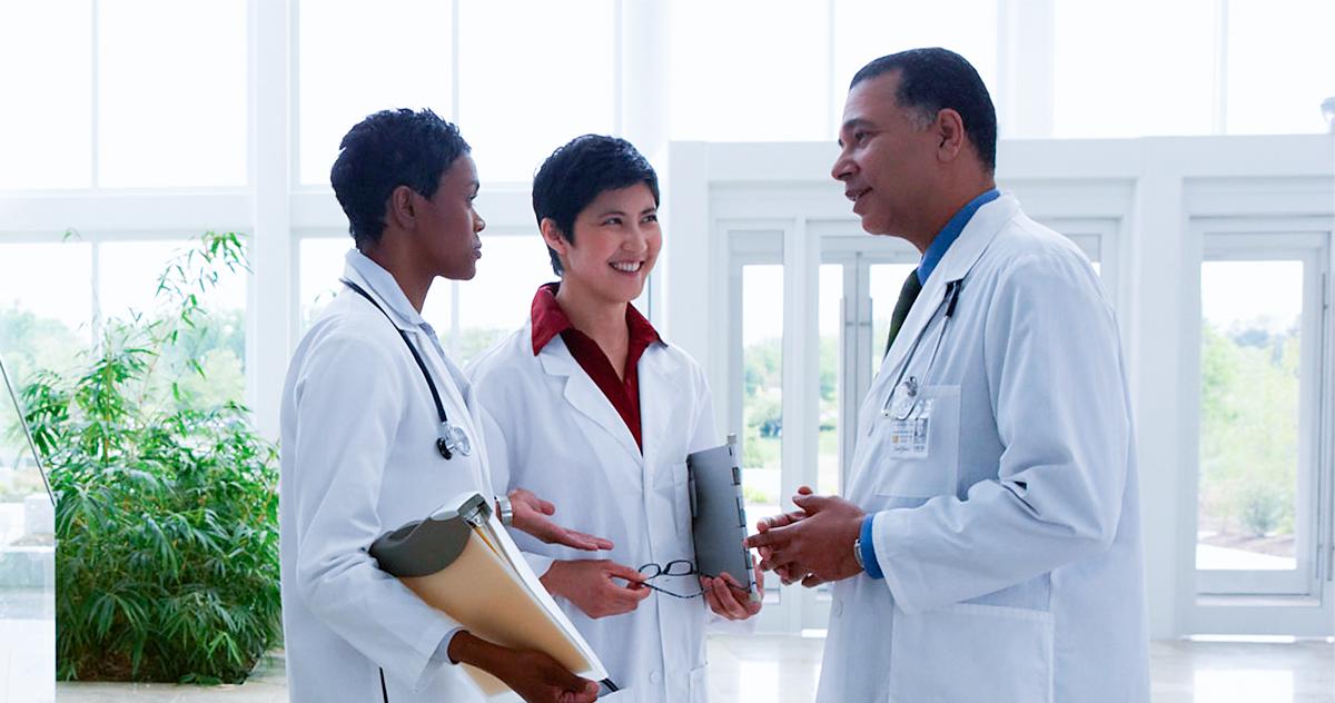 Entenda a real importância do networking na área da saúde